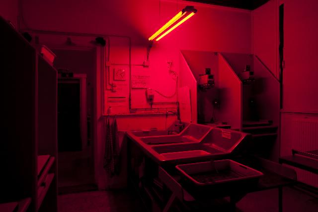 Het geheim van de donkere kamer mk24 - Van de kamer kind ...
