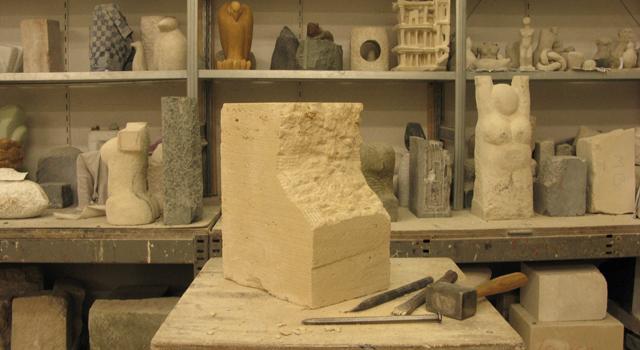 Zomercursus: Beeldhouwen in steen