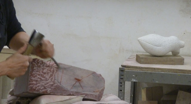 Beeldhouwen in steen (ma, di, vrij)