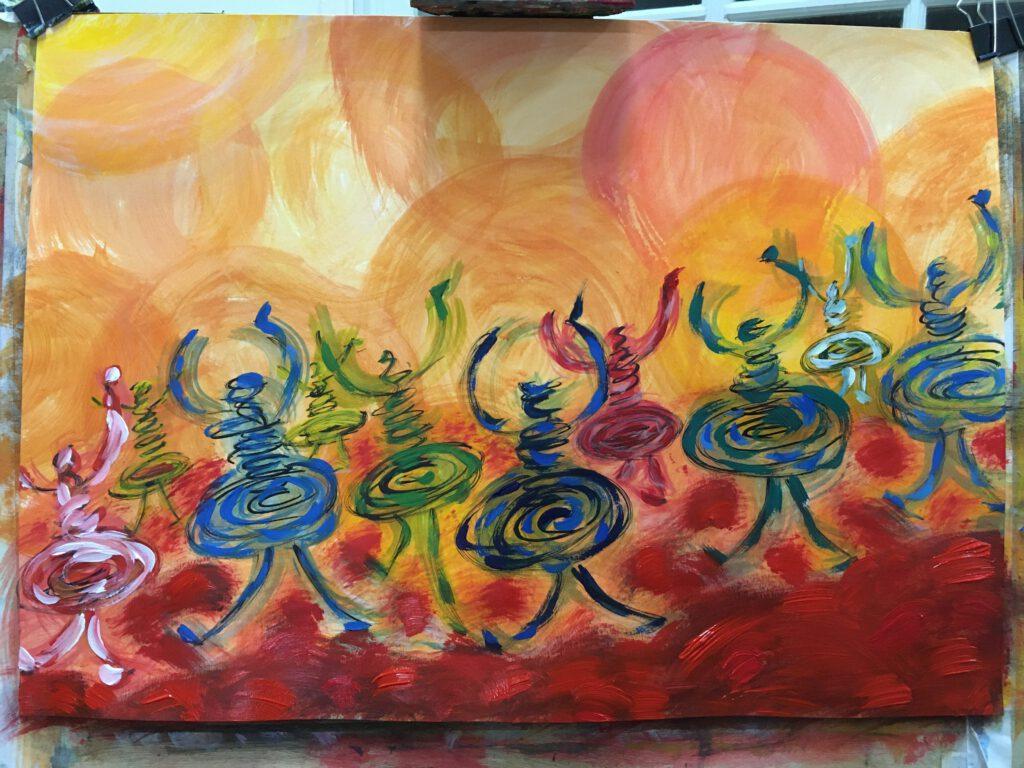 Een schilderij in rode en oranje tinten met 10 menselijke figuren opgebouwd uit gestapelde concentrische cirkels